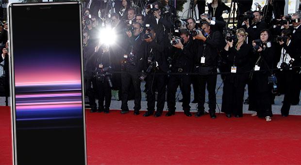 redcarpet - sony xperia 5 - paparazzi